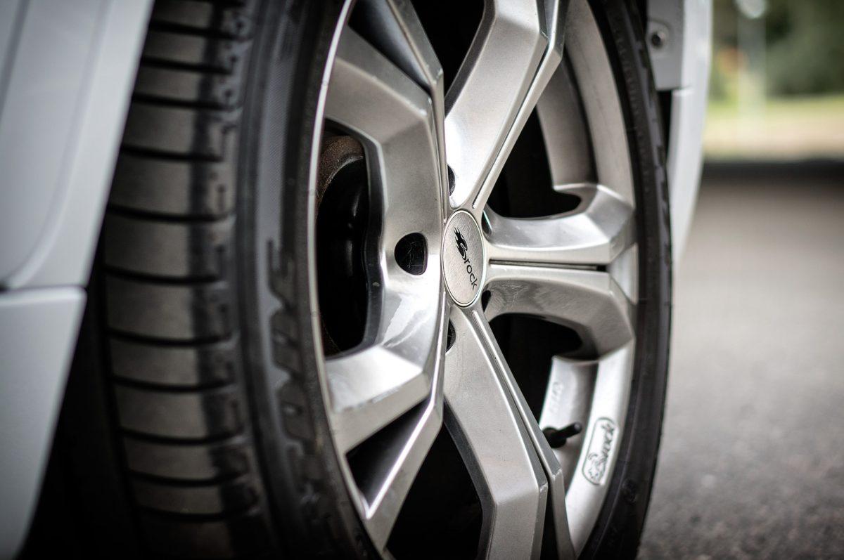 【組み換え・交換する方必見】ローバーミニのタイヤのサイズを解説